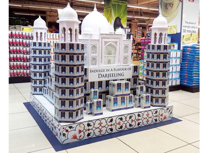 Taj Mahal Floor Display