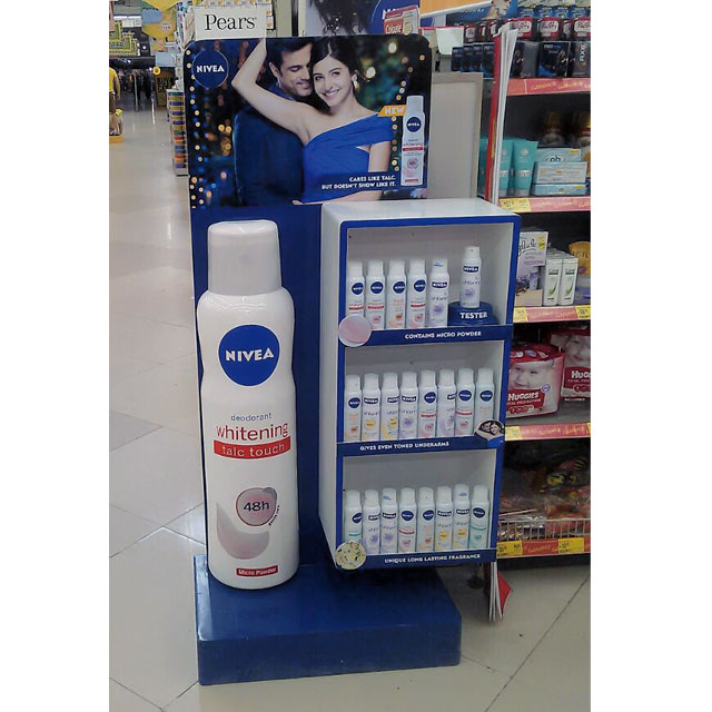 Nivea Whitening Floor Display