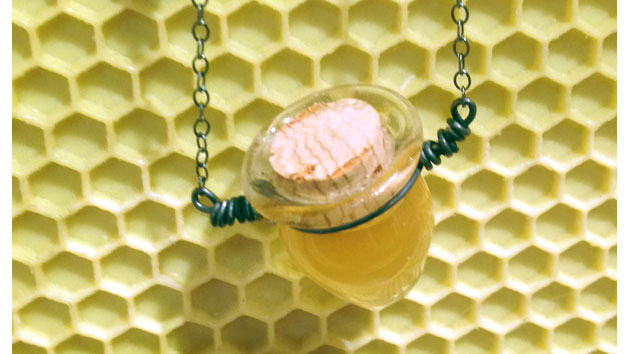 Honey Pot Counter Display